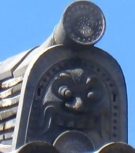 東大寺大仏殿の屋根の重さは、3020トンもある?!