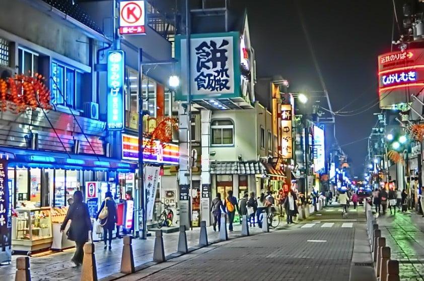 徒歩で「JR奈良駅」から「三条通り」を抜けて「興福寺経由」で東大寺までのお散歩コース!