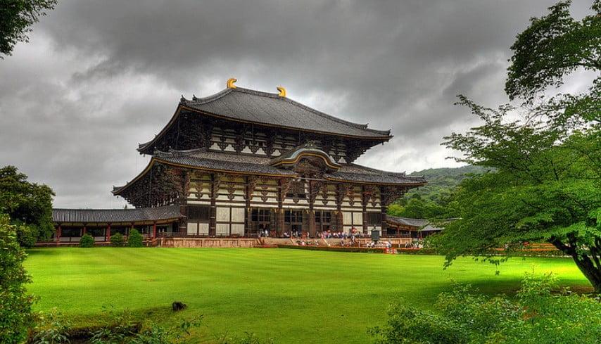 世界一の「ごみ箱」が東大寺にあった!!奈良県・東大寺の「ゴミ箱の意味と由来」 (2)