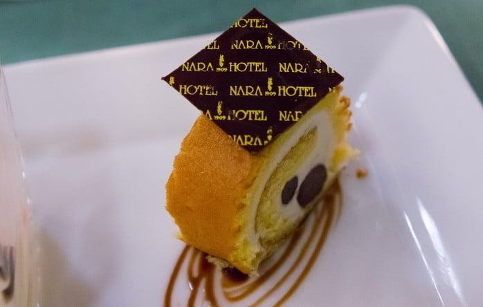 奈良ホテルのティーラウンジで、午後の癒し「おやつ」はいかかが?